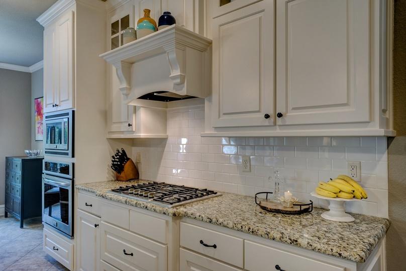kitchen-1940176_1920 808×539